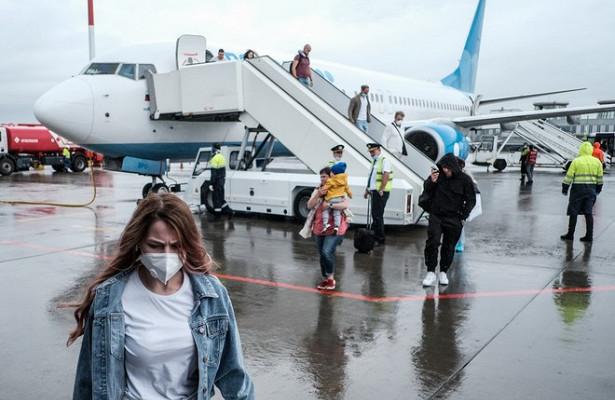 Россиянам захотели запретить выезд зарубеж