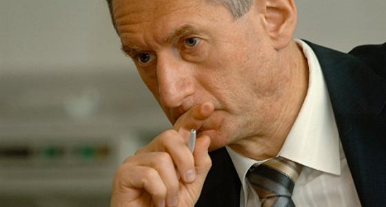 Симановский планирует остаться в совете директоров Центробанка