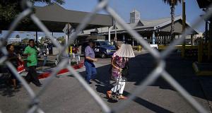 США уводят банки от границы с Мексикой