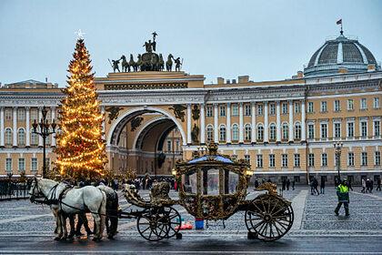 Власти Петербурга заявили овозможности трех волн коронавируса после праздников