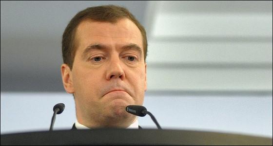 Медведев признал необходимость смены структуры экономики