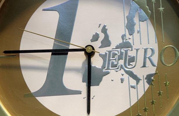 ЕЦБожидает постепенного ускорения годовой инфляции веврозоне до1,4%