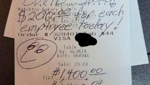 Посетитель оставил сотрудникам кафе чаевые на$14тысяч вСША
