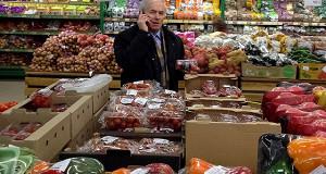 Огурцы и помидоры продолжают дорожать