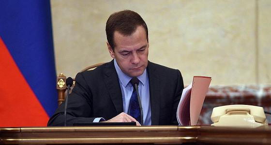 Медведев признал высокую стоимость ипотеки