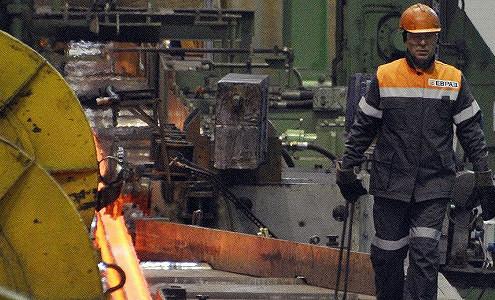 Спад промпроизводства в РФ в ноябре замедлился до 3,5%
