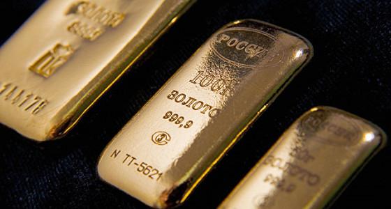 Золото дорожает на фоне геополитической неопределенности в США и Европе