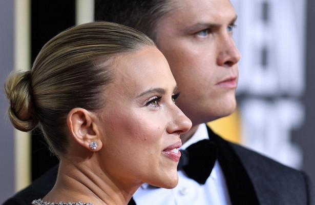 Попытка номер три: 35-летняя Скарлетт Йоханссон тайно вышла замуж закомика