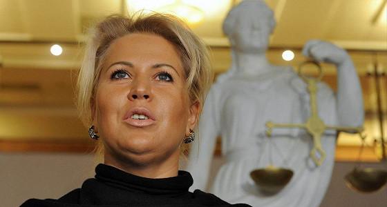 СКР опроверг слухи о снятии ареста с квартир и украшений Васильевой