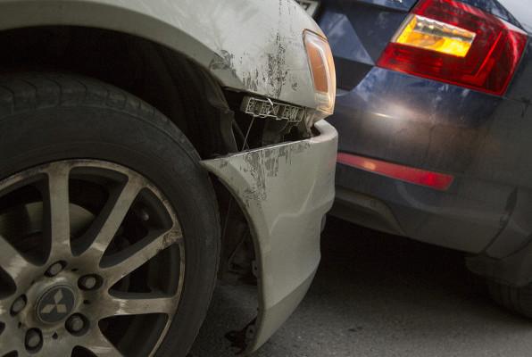 Жулики надороге: какнестать жертвой автоподставы