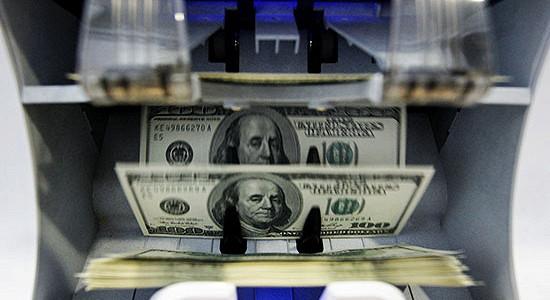 Крупнейшие должники начала 2015 - охота за валютой началась