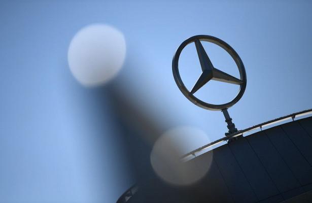 Mercedes отзовет 1,3млнмашин из-заряда проблем