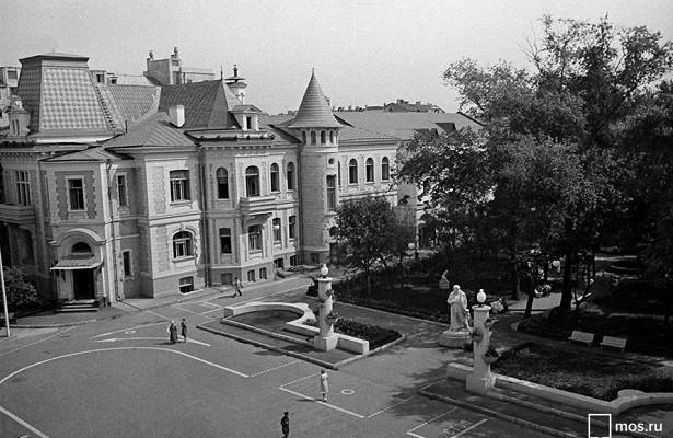 Вечная молодость: страницы истории Дворца пионеров