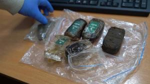 ВОмске оперативники пресекли деятельность интернет-магазина попродаже синтетических наркотиков