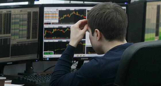 Чтобы проиграться на бирже, россиянам хватает в среднем девяти месяцев