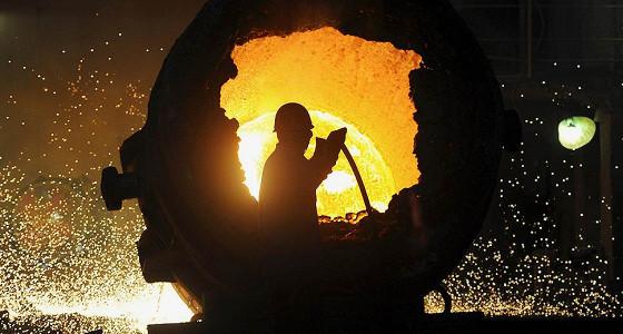 Китай сбрасывает сталь и уголь
