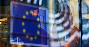 Bloomberg сообщил о планах ЕС продлить антироссийские санкции на полгода
