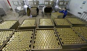 Ритейлеры РФ имеют запас консервов из Латвии и Эстонии на месяцы