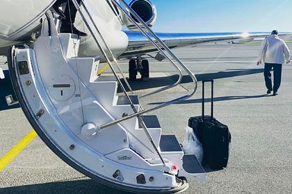 Стюардесса частного самолета раскрыла список покупок