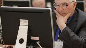 Минтруду предложили сократить рабочий день пенсионерам