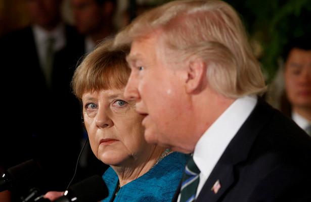 Трамп попросил уМеркель совета поПутину