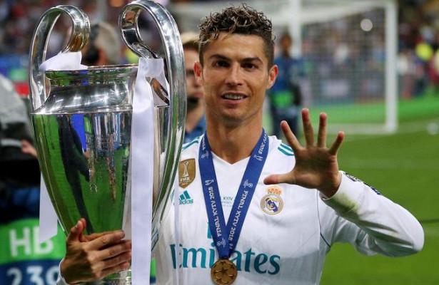 Девушка Роналду поздравила егоспобедой вЛиге Чемпионов