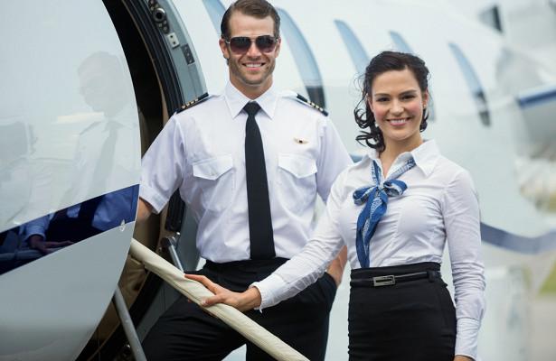 Почему стюардессам неплатят заприветствие пассажиров