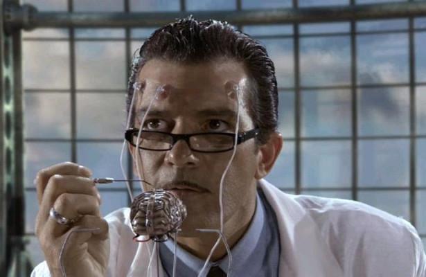 Американский нейрохирург рассказал, когда телепатия станет доступной всем