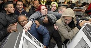 Ритейлеры в панике: «Черная пятница» уже не в моде
