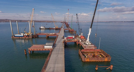 Объем заказов для моста через Керченский пролив превысил три млрд рублей