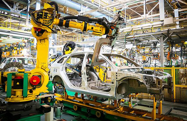 Дебют обновленной Lada Vesta перенесли наноябрь