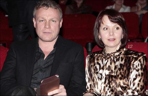 Экс-супруга Жигунова откровенно рассказала омногочисленных изменах актера