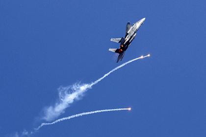 Израиль ответил атакой истребителей назапуск ХАМАС воздушных шаров сбомбами