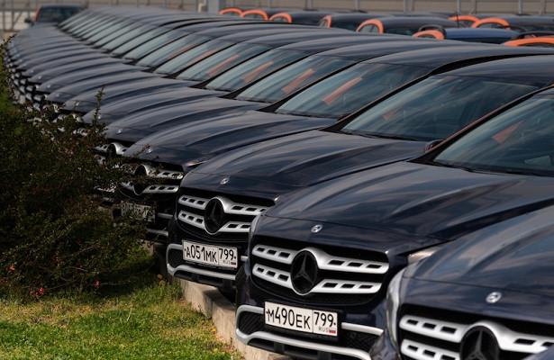 041d7b3f7eb02c337eb6e89c3c6da1ff - Тысячи люксовых авто оказались наспецстоянках вМоскве
