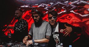 «Record Dance лето»: DJs Nick One, Byor, Hubblevision
