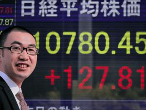 Nikkei достиг нового 15-летнего максимума