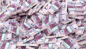 Мужчина выиграл двамиллиона рублей ипотерял лотерейный билет