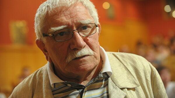 Режиссер Грымов назвал Джигарханяна бесспорным явлением втеатре икино