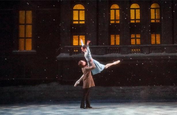 «Щелкунчик» безоркестра и«Золушка» сКурентзисом: пермские балеты вМоскве
