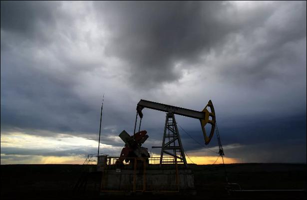 Цена нефти Brent поднялась выше $63забаррель