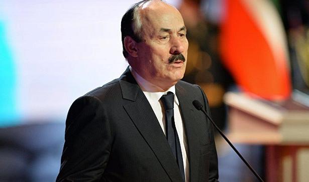 Глава Дагестана: вМоскве «находу бреют зайцев»