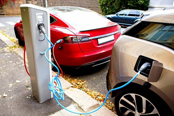 Das Erste: госпремия за покупку — Германия расширяет поддержку покупателей электрокаров