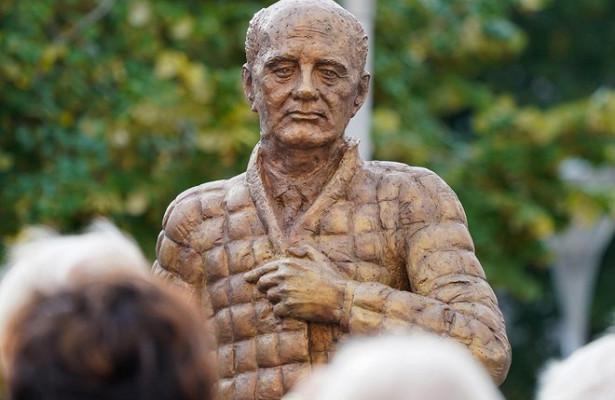 ВГермании открыли памятник Горбачеву