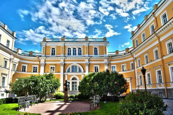 День Гавриила Державина пройдет вПетербурге вчесть 275-летия соднярождения поэта