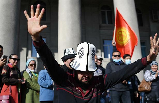 Русский язык останется официальным вКиргизии