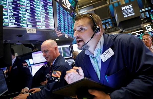 Фондовый рынок СШАушел в«красную зону»