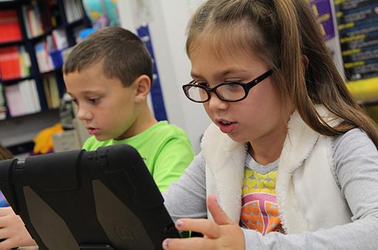 ВКрыму больше двух тысяч школьников учатся дистанционно