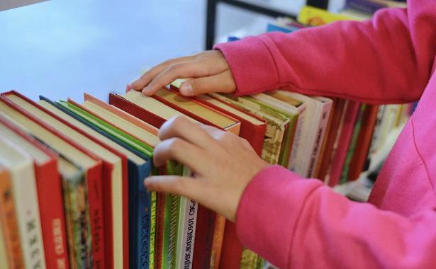 Библиотека им. Ахматовой посвятила новый выпуск рубрики «Детская полка» книгам оживотных
