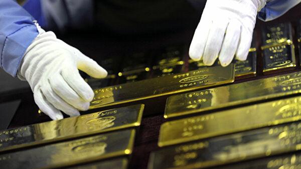 Россиянам предложат золото взамен долларов