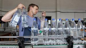 Питьевую воду длядетей признали опасной дляздоровья